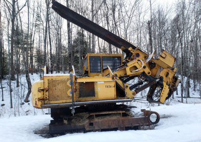 Photo of a 1998 John Deere 200LC Parts Delimber
